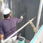 25_3階、壁面上塗り中